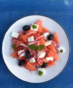 Salát z melounu a feta sýra