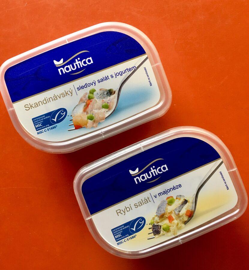 Rybí salát v majonéze a s jogurtem